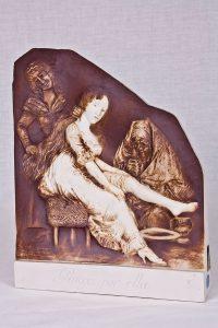 Escultura Capricho de Goya (relieve) Ruega por ella