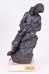 Escultura Maternidad (Mother and child)